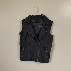 Grey American Eagle Full Zip Vest